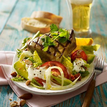 Gemischter Salat mit gegrilltem Thunfischsteak Rezept