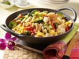 Gemüse-Bratreis und Seelachs aus dem Wok Rezept