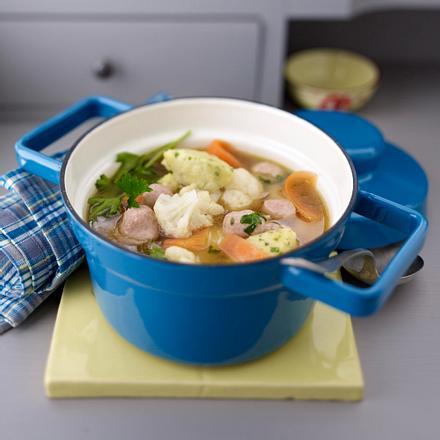 Gemüse-Hühnersuppe mit Klößchen Rezept
