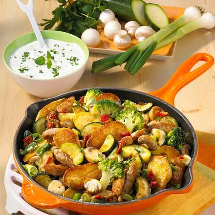 Gemüse-Kartoffel-Pfanne Rezept
