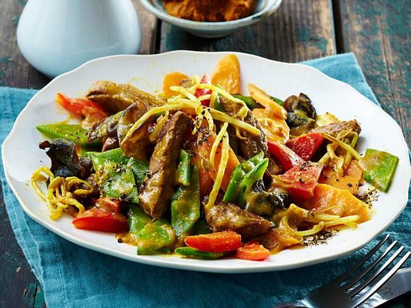 Gemüse-Kokos-Wok mit Steakstreifen Rezept