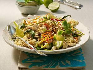 Gemüse-Nudeln mit Tofu Rezept