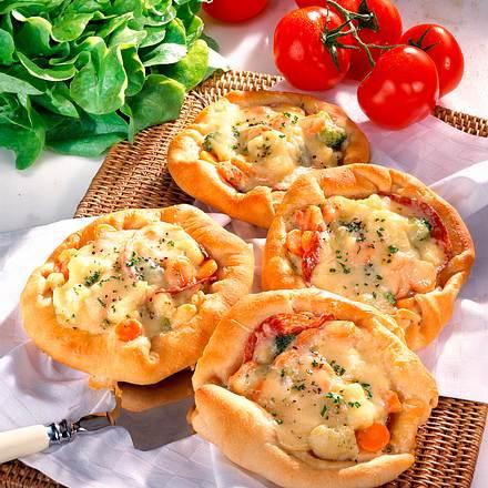 Gemüsepizza mit Rahm-Königsgemüse Rezept