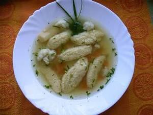 Gemüsesuppe mit Griesklöschen Rezept