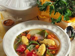 Gemüsesuppe mit Polenta-Nockerln Rezept