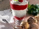 Geschichtete Quark-Mohnspeise mit Himbeerpürree Rezept