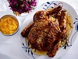 Geschmortes Hähnchen mit Kartoffel-Kürbis-Püree und Rotkohlsalat Rezept