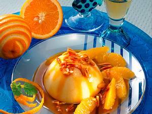 Gestürzter Grießpudding mit Orangen-Karamell-Soße Rezept