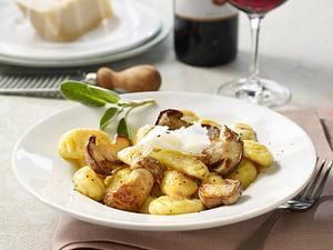 Gnocchi mit Grana Padano und Steinpilzen Rezept