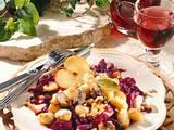 Gnocchi mit Pilz-Walnussbutter und Apfel-Rotkohl Rezept