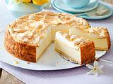 Goldtröpfchen-Torte (Käsekuchen mit Baiserhaube) Rezept
