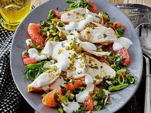 Grapefruit-Hähnchen-Salat mit Pistazien Rezept