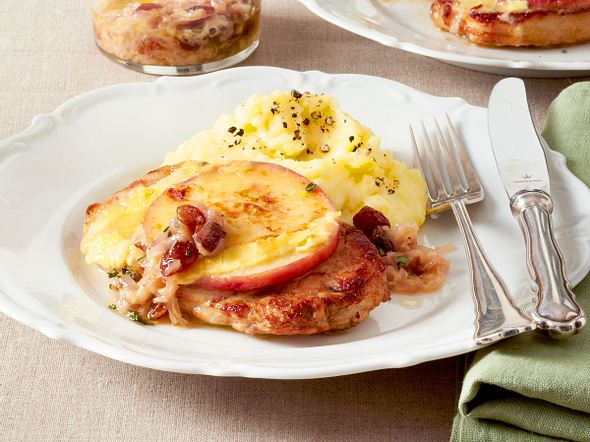 Gratinierte Apfel-Schnitzel mit Butter-Cidre-Soße Rezept
