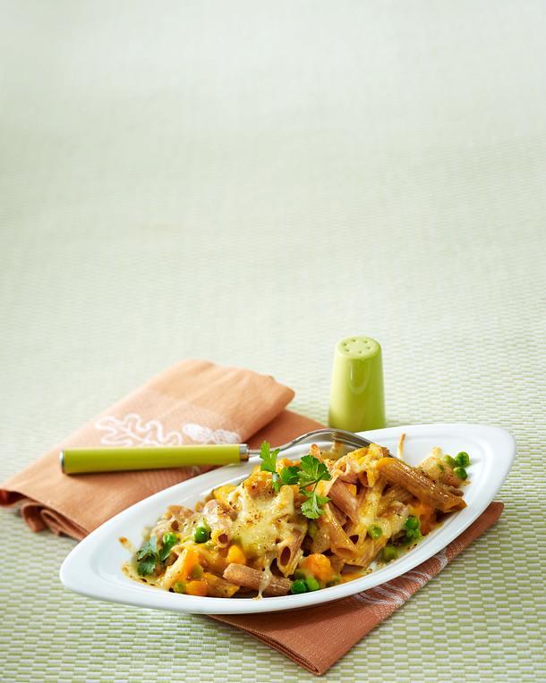 Gratinierte Dinkelnudeln in Gemüsesoße Rezept