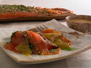 Graved Lachs mit Honig-Senf-Soße Rezept