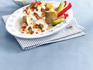 Griechische Kartoffel mit Gyros und Gemüse-Quark Rezept