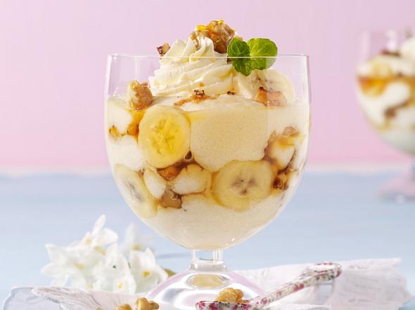 Grießpudding mit Banane und Walnuss-Crunch Rezept