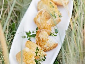 Grillgemüse mit warmem Ziegenkäse und Ofenbrot Rezept