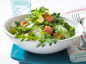 Grüner Salat mit Lachs Rezept