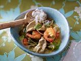 Grünes Hähnchen-Garnelen-Curry Rezept