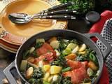 Grünkohlsuppe mit Suppengrün und Speck Rezept