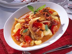 Gulaschtopf mit Gnocchi Rezept