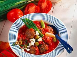 Hackbällchen in Tomaten-Schafskäse-Soße Rezept