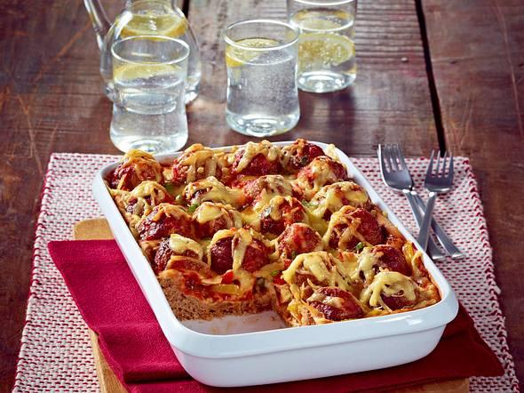 Hackbällchen-Tomaten-Pizza Rezept