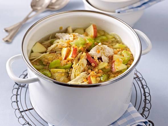 Hähnchen-Curry-Suppe mit roten Linsen Rezept