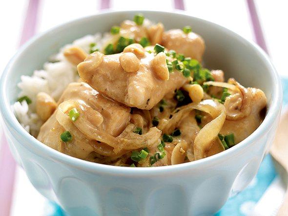 Hähnchen-Erdnuss-Wok Rezept
