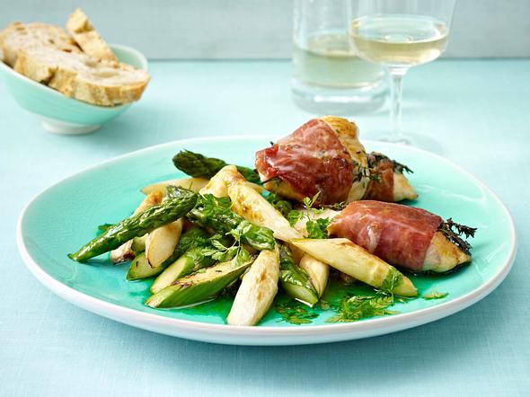 Hähnchen-Saltimbocca mit gebratenem Spargel Rezept