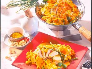 Hähnchen zu Curry-Cashew-Gemüse Rezept