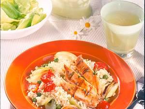 Hähnchenfilet auf Gemüse-Couscous Rezept