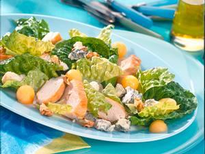 Hähnchenfilet auf Römersalat mit Blauschimmelvinaigrette Rezept