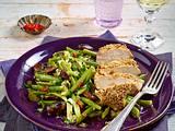 Hähnchenfilet mit Sesamkruste auf Bohnensalat Rezept