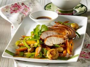 Hähnchenfilet-Teriyaki mit gebratenem Gemüse Rezept