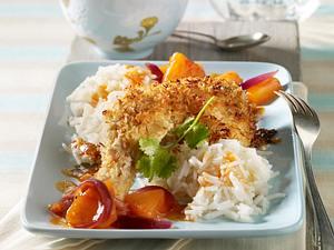 Hähnchenkeulen mit Kokospanade, Ananaschutney und Basmatireis Rezept