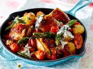 Hähnchenpfanne mit neuen Kartoffeln, Spargel und Frischkäse-Schmelz Rezept