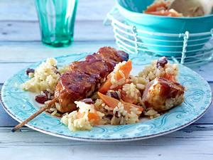 Hähnchenspieße zu Möhren-Rosinen-Reis Rezept