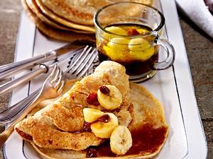 Hafer-Pfannkuchen mit karamellisierter Banane und Sultaninen Rezept