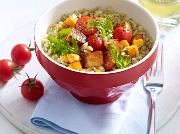 Halloumi-Salat mit gebratenem Gemüse Rezept