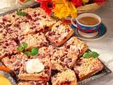 Hefe-Kirsch-Blechkuchen Rezept