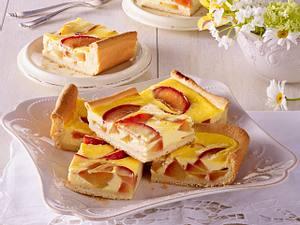 Hefekuchen vom Blech mit Sommerpflaumen Rezept