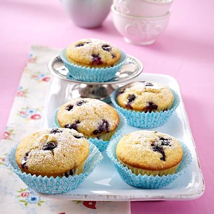 heidelbeer buttermilch muffins rezept lecker. Black Bedroom Furniture Sets. Home Design Ideas