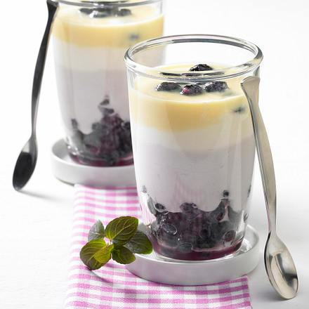 Heidelbeer-Schichtbecher Rezept