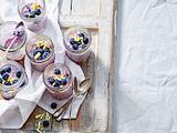 Heidelbeermilchreis mit weißer Schokolade Rezept