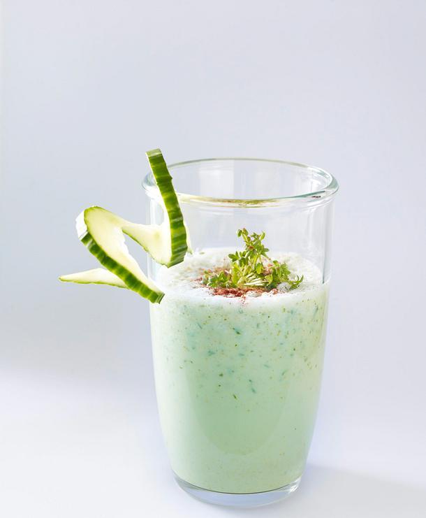 Herzhafte Milch-Shakes Avocado und Chili Rezept