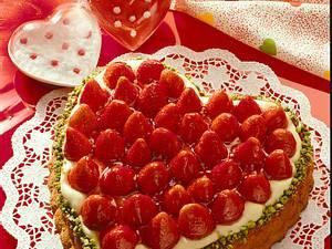 Herzkuchen mit Erdbeeren Rezept