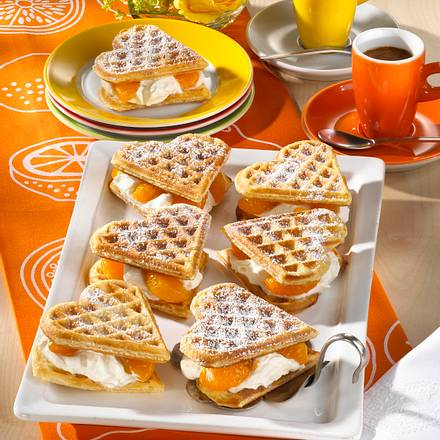 Herzwaffeln mit Mandarinen-Quark Rezept