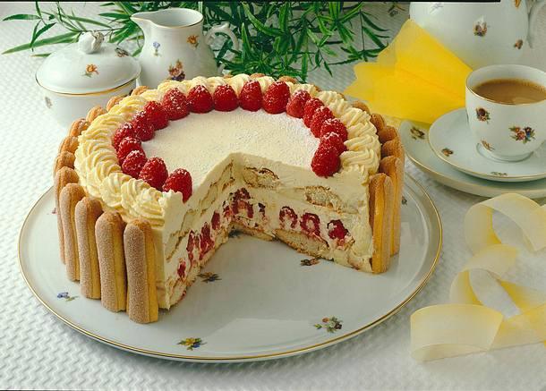 Himbeer-Buttercreme-Torte nach Malakow Art Rezept   LECKER